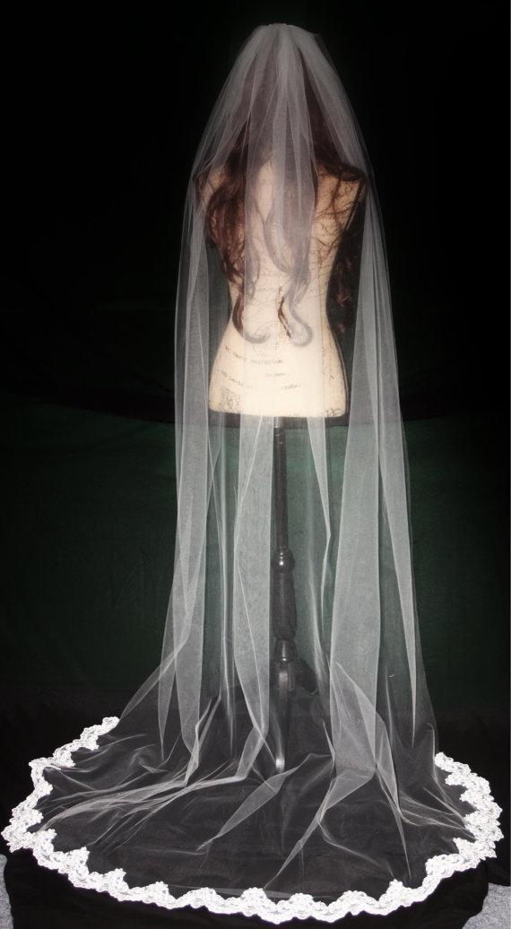 Hochzeit - Lace Wedding Veil