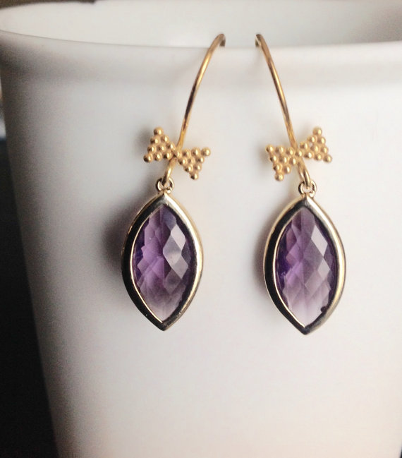 زفاف - Dangle Earrings, Amethyst drop earrings, Vermeil gold earrings with gold bow tie, purple teardrop glass, bridesmaids gift, wedding jewelry