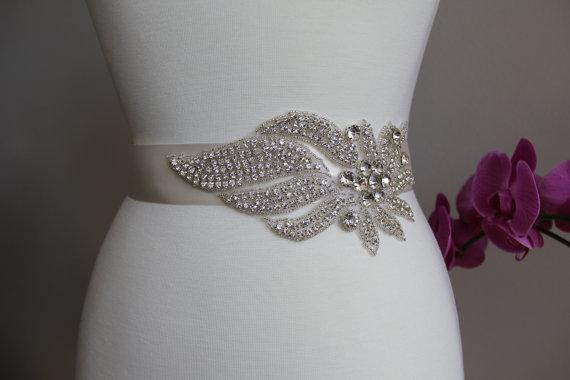 Mariage - Elegant and gorgeous rhinestone trim, beaded detailed bridal sash, wedding sash, rhinestone belt, bridal belt, rhinestone applique