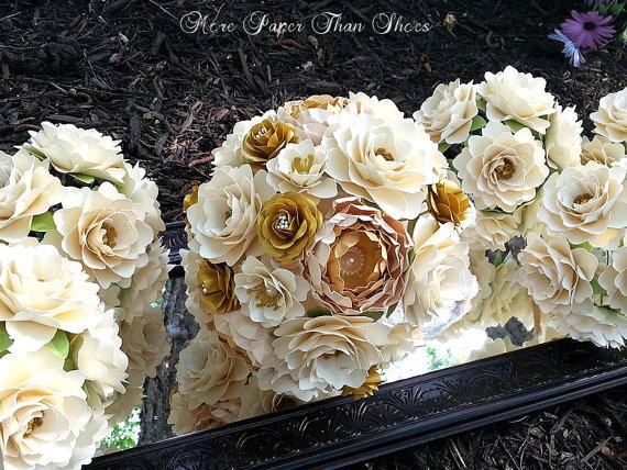 Mariage - Paper Bouquet - Paper Flower Bouquet - Wedding Bouquet - Ivory and Gold - Custom Made - Any Color
