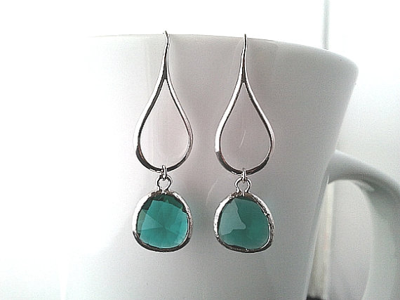 Свадьба - Emerald Earrings, Wedding Earrings,Bridal Jewelry, Green,Drop, Dangle, Glass earrings, bridesmaid gifts, Chandelier Earrings, GIFT