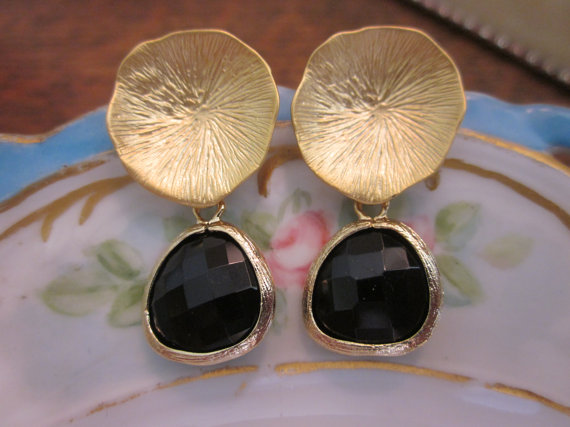 Hochzeit - Black Onyx Earrings with Gold Mushroom Coral - Bridesmaid Earrings - Bridal Earrings