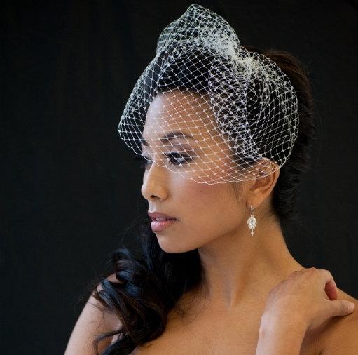 Hochzeit - Birdcage Veil, 9 Inch Birdcage Veil, Wedding Veil, Short Birdcage Veil - KAREN