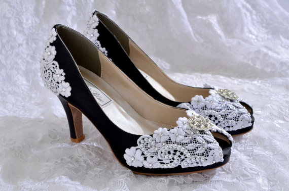 "Свадьба - Wedding Shoe, Colored Wedding Shoes, PBT-0826A Vintage Wedding Lace , Wedding Peep Toe 2 3/4"" Heels, Women's Bridal Shoes"