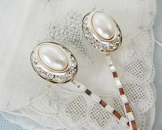 Mariage - Bobby Pins, Vintage Hair Embellishment, Bridal, Oval Pearl, Rhinestone Hair Pin Wedding accessory