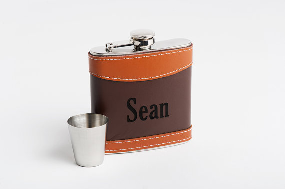 Свадьба - Flask, Monogrammed Flask, Personalized Groomsmen Flask, Groomsmen Best Man Gift, Monogram Flask, Flask