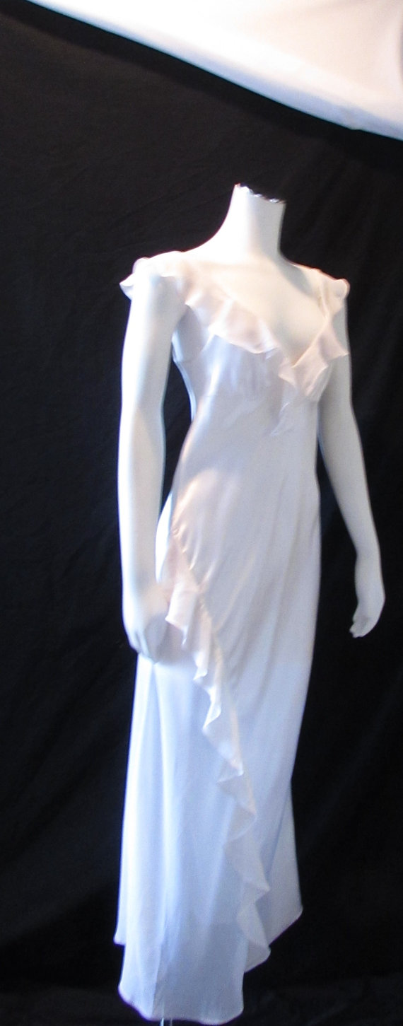 Свадьба - Long White Nightgown size P/S vintage sexy, Hollywood chic, Wedding lingerie