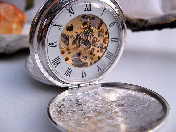 Hochzeit - Engravable Silver Mechanical Pocket Watch with Watch Chain - Groomsmen Gift - Steampunk - Victorian Era - Watch - Item MPW243