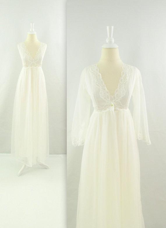 Mariage - Vintage 1970s White Chiffon Nightgown Peignoir Set - Honeymoon Lingerie - Small by Lov Lee