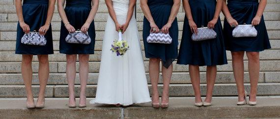 زفاف - Bridesmaids Gifts,Customized Bridesmaid Clutch,Personalized Bridesmaid Gift,Wedding Party Gift- you choose the fabrics