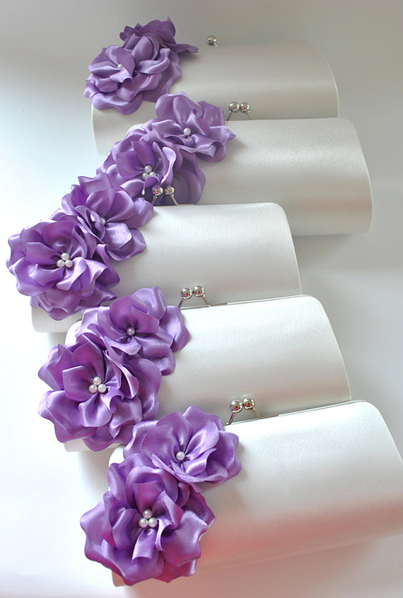 Свадьба - Set of 5  Bridesmaid clutches / Wedding clutches - Custom Color - EXPRESS SHIPPING