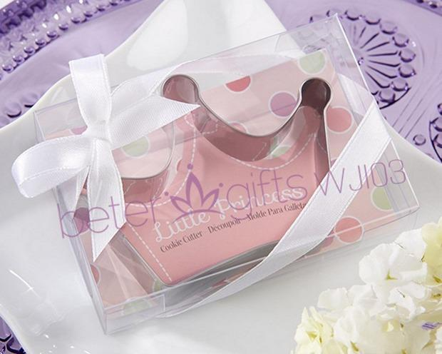 """Mariage - """"Little Princess"""" Stainless-Steel Crown Cookie Cutter"""
