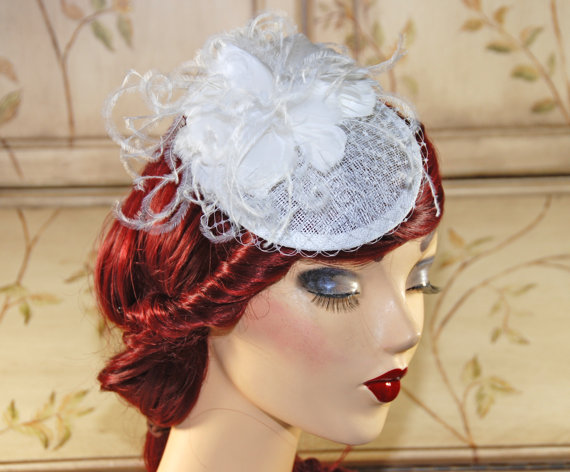 White Fascinator With Birdcage Veil - Bridal Hat - Wedding ...