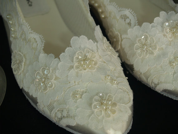 Mariage - Wedding Lace Flat Shoes Ballerina Satin Slippers style