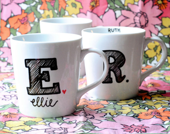 Mariage - Monogrammed Coffee Mug- Initial and Name- Bridesmaid Gift, Wedding, Birthday Custom, Personalized