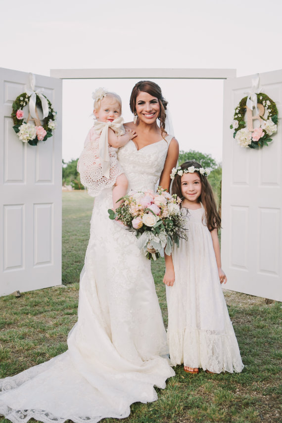 wedding flowers girls dress