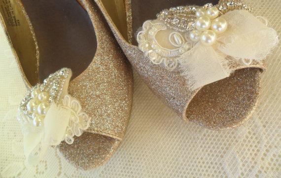 Свадьба - Bridal Shoe Clips, Wedding Accessory, Pearl Shoe Clip, Wedding Shoe Clip, Rhinestone Shoe Clip, Bridal Accessory, Shoe Clip, Lace Shoe Clip