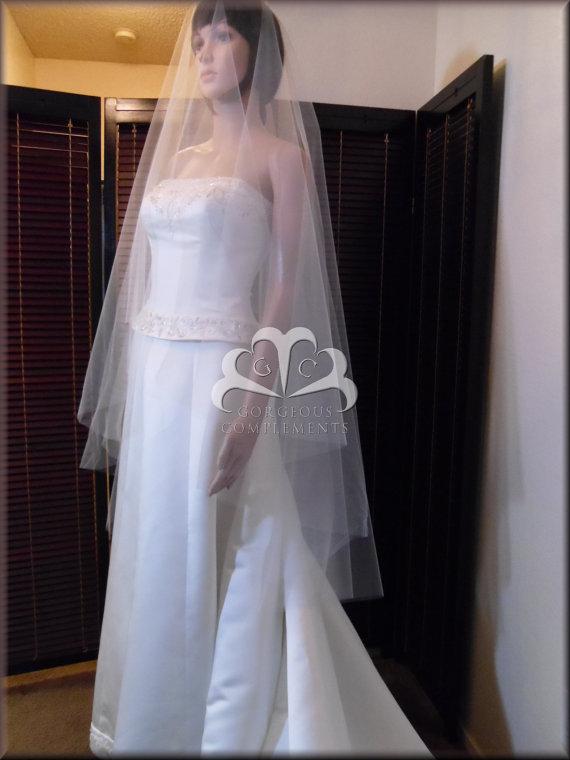 Mariage - Wedding Veil Elegant Drop Veil Waltz Length Cut Edge pick your color DV30X55CE