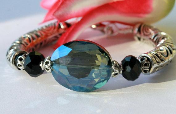 Wedding - Blue Green Vitrail Bracelet, Bangle Bracelet, Cuff Bracelet, Beadwork Bracelet, Statement Bracelet, Bridal Jewelry, Easter, Mother's Day