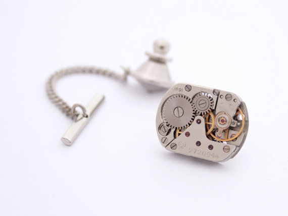 Hochzeit - Steampunk Tie Tack with Chain Mens Silver Tie Pin Watch Movement Wedding Mens Accessories Metal Tie Tack Clutch and Chain