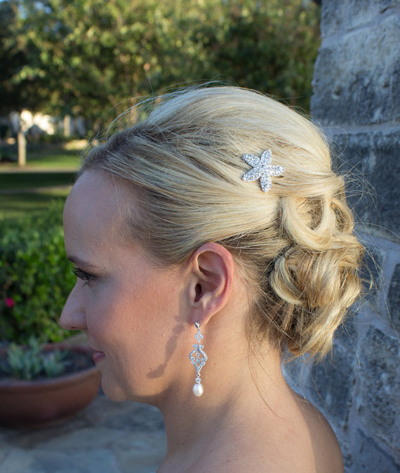 Свадьба - Rhinestone Starfish WEDDING HAIR PIN, starfish hair accessories, starfish hairclip, bridal hairpins, beach wedding headpiece