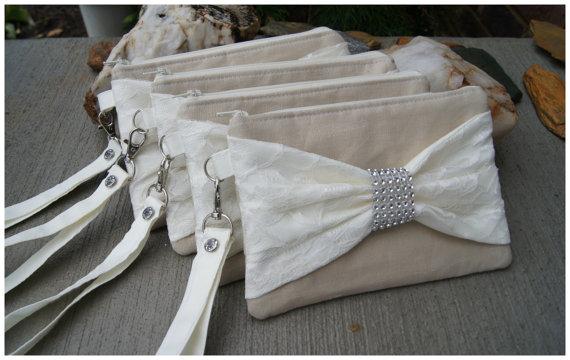 Mariage - Linen Wristlet - Bridesmaids Gifts - Wedding Clutch - Linen - satin lace - Lace Wristlet - Lace Bridesmaids gift