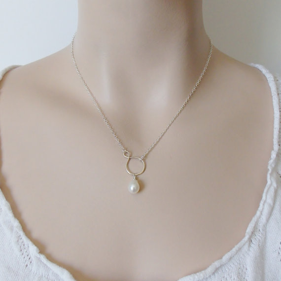Hochzeit - Infinity Pearl Drop Necklace / Sterling Silver / Circle Necklace / Bridesmaid Gift / Wedding Jewelry / Gift for Mom