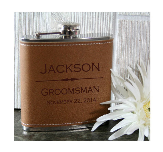 Hochzeit - Groomsmen Flasks - Personalized 6oz Wedding Flasks - Leather, Black Matte or Stainless Steel - Perfect for Wedding Party Favors