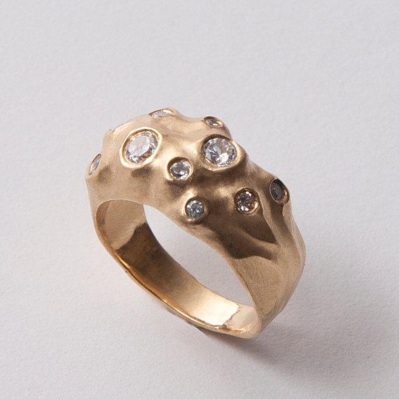 Свадьба - Moon No.1 - 14K Gold and Diamond Engagement Ring,  14K Gold and Diamond ring, unisex ring, engagement ring, engagement band