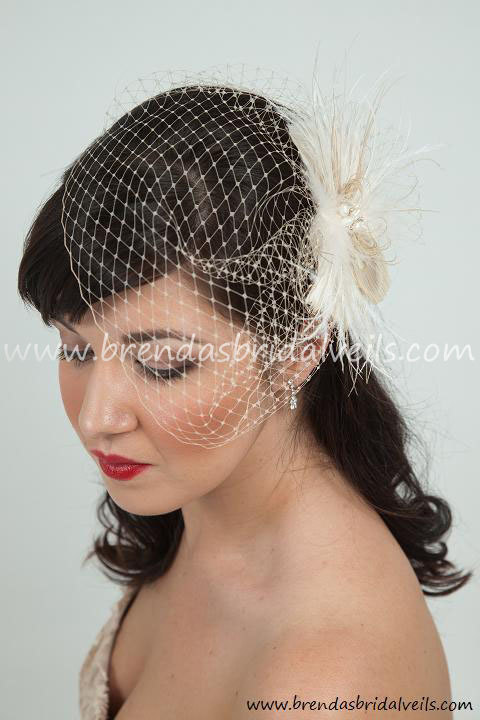 Mariage - Bridal Veil with Feather Fascinator, Champagne Wedge Birdcage Veil with Champagne and Ivory Feather Fascinator Fresh Water Pearl Center