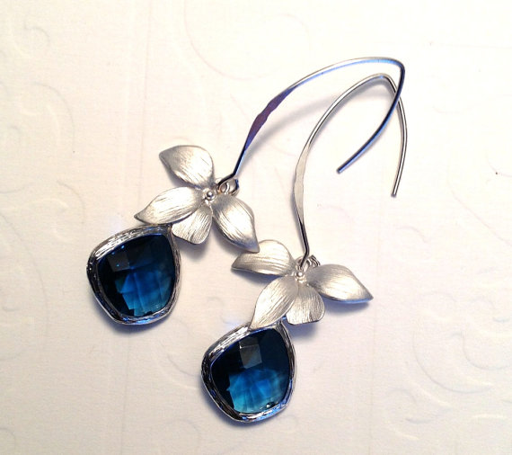 Mariage - Wedding jewelry Silver 925 dangle earrings Framed sapphire glass on marquise and orchid earrings  Bridesmaid earrings