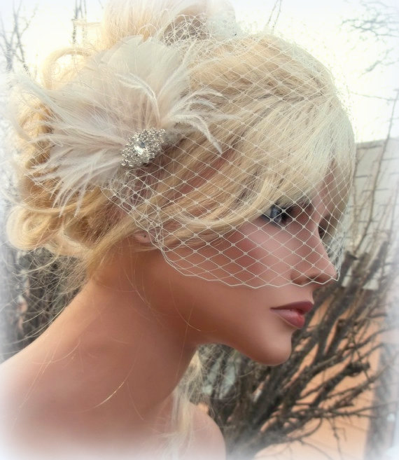Wedding Fascinator Bridal Veil Vintage Style Brooch French Net Ivory Feather Hair Clip