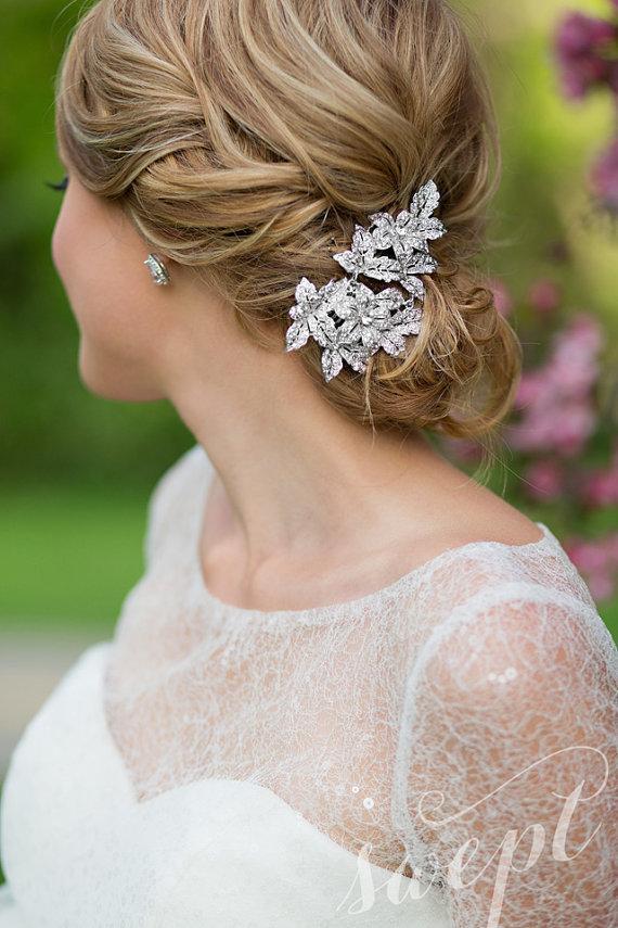 Свадьба - Vintage Style Floral Haircomb
