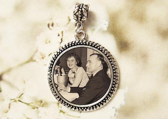 Свадьба - Wedding Memorial Bouquet Photo Charm #12 - Custom Round Antique Silver Memory Keepsake Bridal Gift