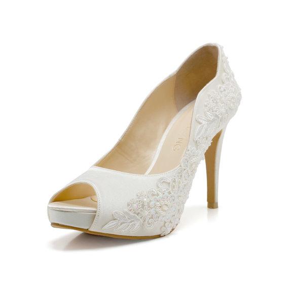 Свадьба - Miss Ace 3,Ivory White LaceAdorned Wedding Shoes,Ivory White Bridal Heels,Ivory White Lace Wedding Shoes, Ivory White Pearl Bridal Heels