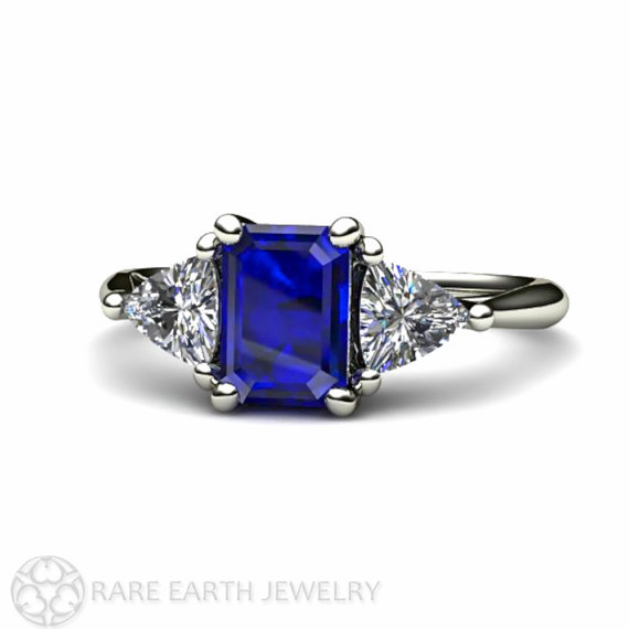Mariage - Blue Sapphire Engagement Ring Vintage Blue Sapphire Ring Diamond 3 Stone Ring Trillions 14K or 18K Gold