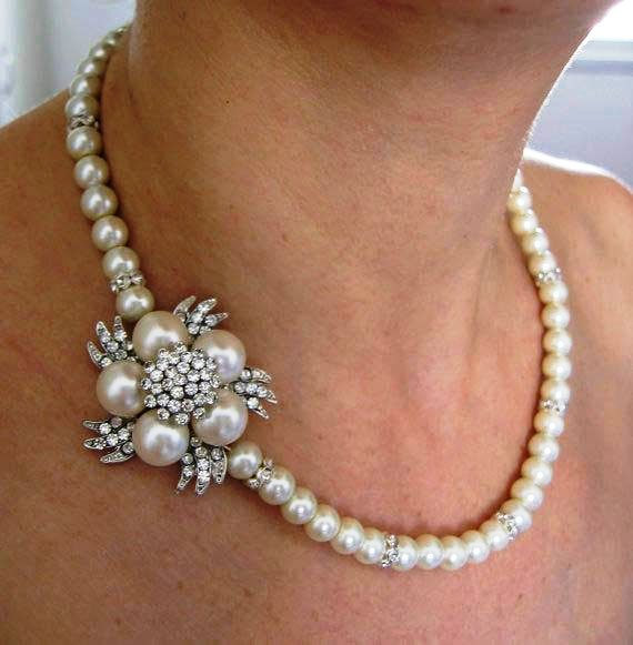 Mariage - Ivory cream  Swarovski Pearls and rhinestone  Necklace,Bridesmaid Jewelry, Bridal Bridesmaid Necklace, wedding Necklace,Jewelry ,Pearl