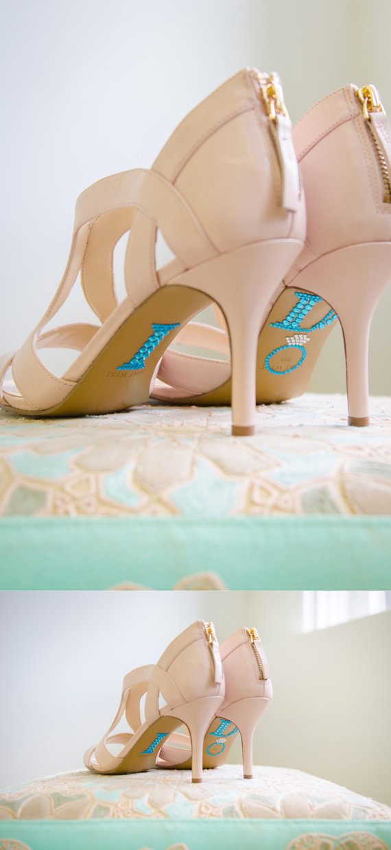 "Hochzeit - BLUE ""I Do"" Wedding Shoe Rhinestone Applique"