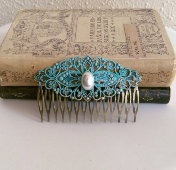 Mariage - Blue Hair Comb Pearl Turquoise Wedding Something Blue Old Vintage Style Bridal Hair Piece Teal Bridesmaids Accessories Patina Alice Blue