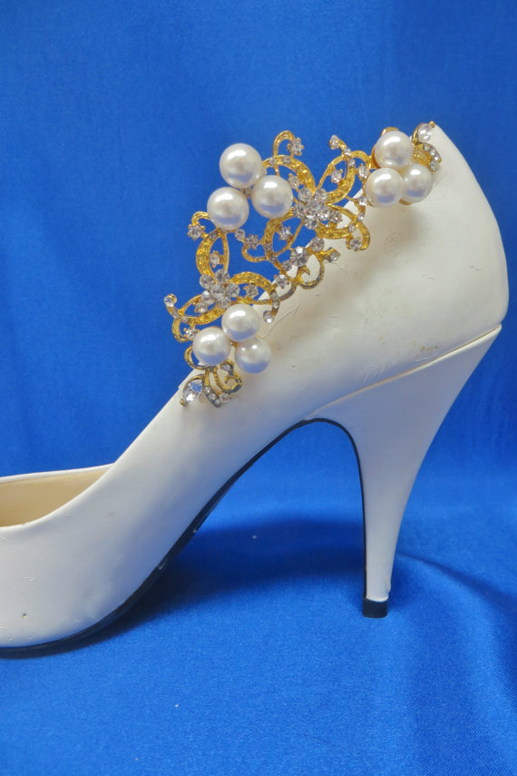 Rhinestone Shoe Clips Pearl Shoe Clips Wedding Bridal Shoes Bridal Shoe Accessory Wedding Gown Accessory Gold Shoe Clips
