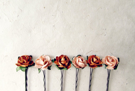Mariage - Autumn Rose Hair Pins. Set of 6 Paper Flower Bobby Pins in Burnt Orange and Sweet Peach. Rustic Bridal Hair Accessories for Country Wedding.