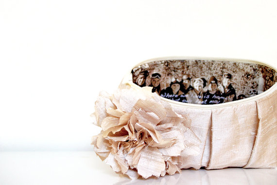 Mariage - Mother of the bride wedding gift, Champagne wedding clutch, Personalized wedding gift, Bridesmaids gift idea, Nude, Blush Wedding, Photo Bag