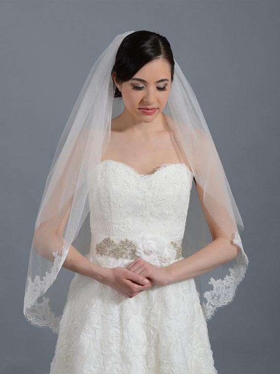 Hochzeit - 2 tier bridal wedding veil ivory elbow alencon lace trim
