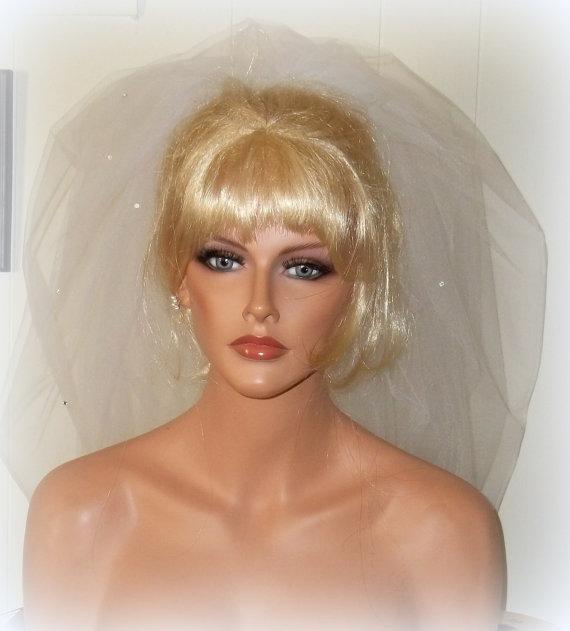 Hochzeit - Wedding Veil, Rhinestone Veil, BUBBLE BRIDAL VEIL, Bridal Veil, Rhinestone Bridal Veil, Rhinestone Wedding Veil, 2 Layer Veil, Short Veil