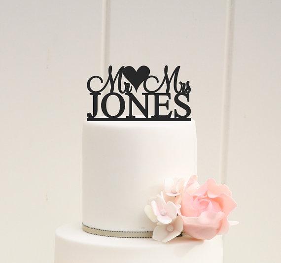 زفاف - Wedding Cake Topper Monogram Mr and Mrs Topper Heart Design Personalized with YOUR Last Name