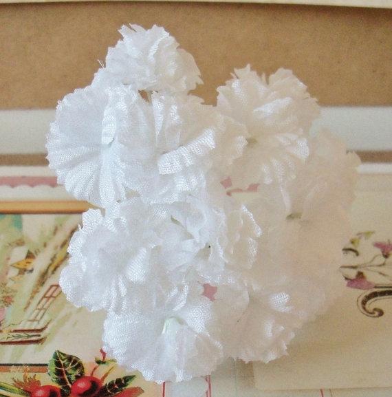زفاف - Vintage Millinery / White Carnations / One Bouquet / One Bouquet / Twelve Stems / Wedding