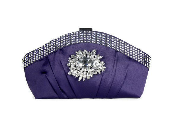 Свадьба - Purple Rhinestone Clutch, Purple Bridal Clutch, Purple Bridesmaids Clutch , Wedding Clutch, Evening Bag with Crystals and Brooch Accent