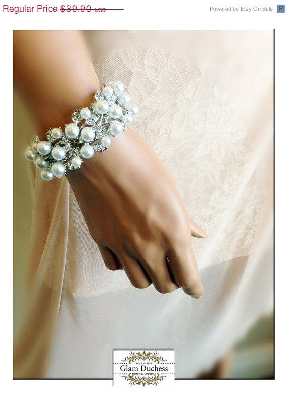 Hochzeit - Bridal bracelet, Wedding jewelry,bridal jewelry, Pearl stretchable bracelet, bridesmaid bracelet, rhinestone bracelet, crystal cuff