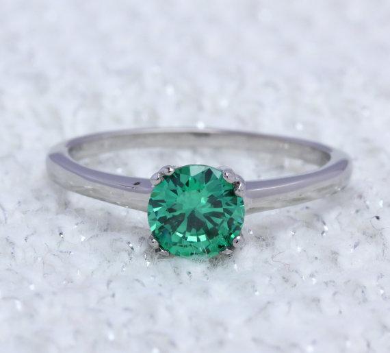 زفاف - Emerald Natural 1ct solitaire ring in Titanium or White Gold - engagement ring - wedding ring - handmade ring