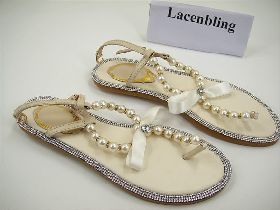 Mariage - Wedding Shoes, Pearl Flip Flop, Ivory Pearl Sandals, Holidays Shoes, Beaded Flip Flop, Beach Shoes, Beach Wedding, Pearl Bridal Shoes